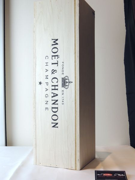 Moët & Chandon Brut - caisse bois Jéroboam